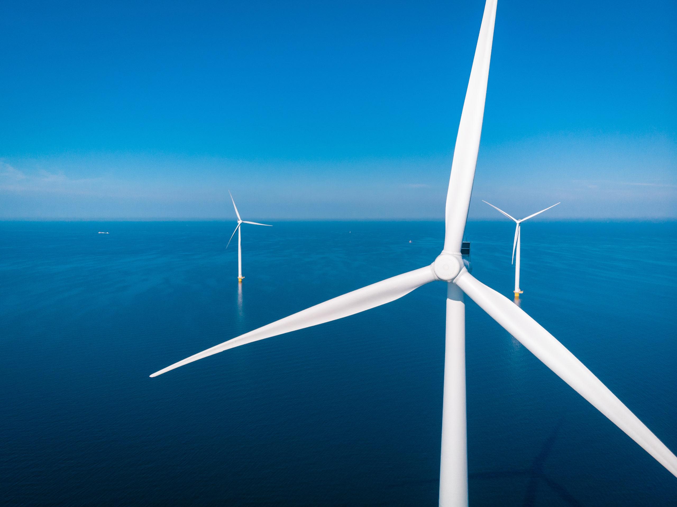 Europejski sektor offshore wind ustanowił rekord inwestycji – 26 mld euro w 2020 r.